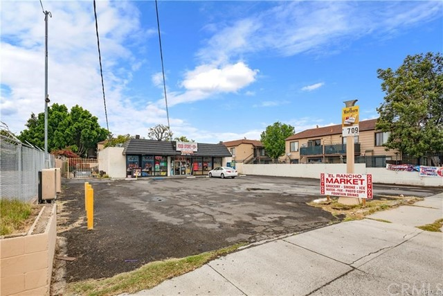 6435 Rutland Avenue, Riverside, CA 92503