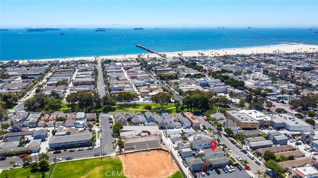 Photo of 324 10th Street, Seal Beach, CA 90740