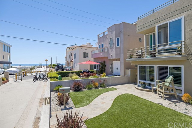 27 16th Street, Hermosa Beach, California 90254, 4 Bedrooms Bedrooms, ,3 BathroomsBathrooms,For Rent,16th,SB20203490