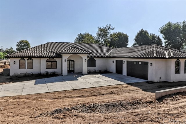 16086 Washington Street, Riverside, CA 92504