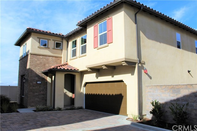 1024 Portola Oaks Drive, Lake Forest, CA 92610