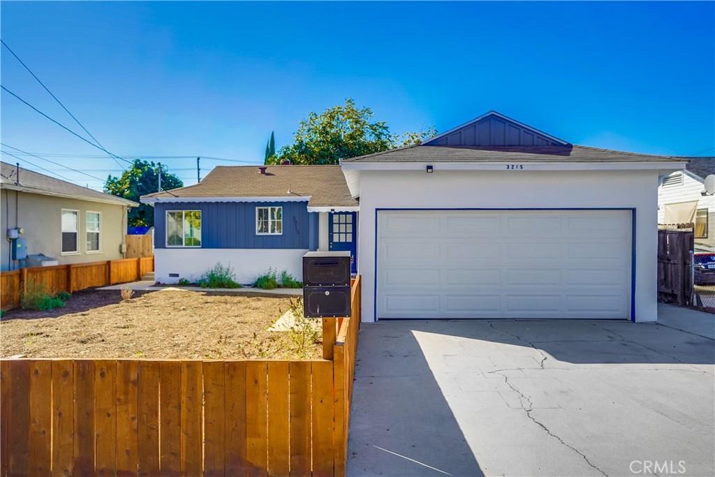 3215   N Park Lane, Long Beach CA 90807