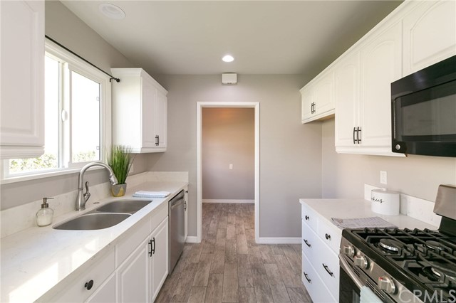 5118 142nd Street, Hawthorne, California 90250, 3 Bedrooms Bedrooms, ,1 BathroomBathrooms,Single family residence,For Sale,142nd,SB19020045