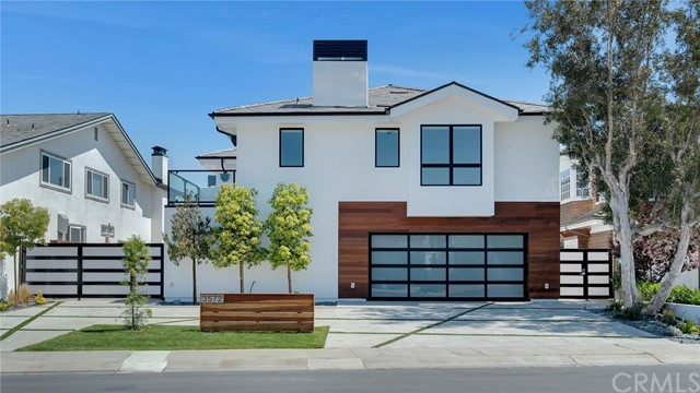 3572  Courtside Circle, Huntington Beach, California