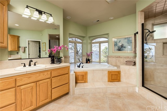 14931 Woodland Park Dr, Forest Ranch, CA 95942 Photo 12