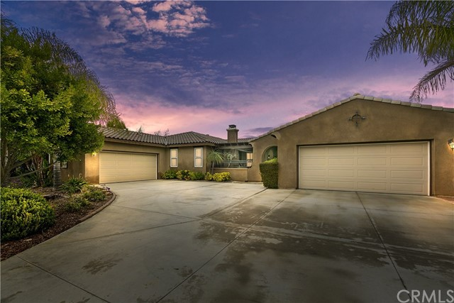 17792 Log Hill Drive, Riverside, CA 92504