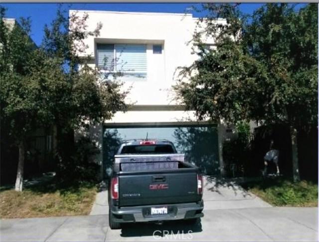 2285 Santa Ana S, Los Angeles, CA 90059