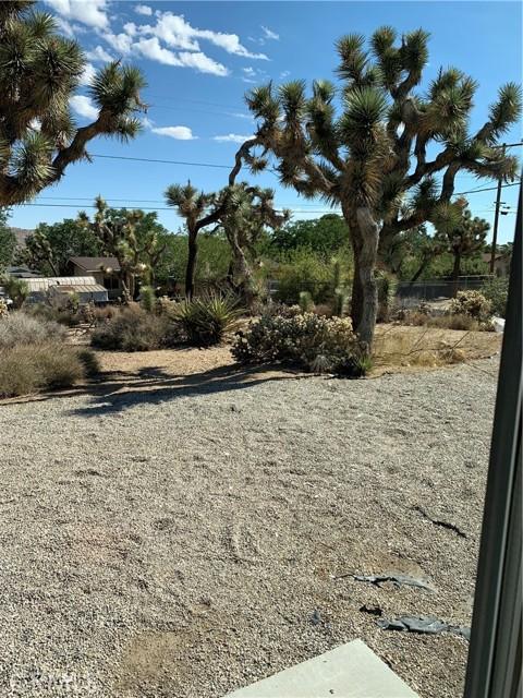 25. 56488 El Dorado Drive Yucca Valley, CA 92284