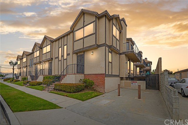 4176 W 147th Street 401, Lawndale, CA 90260