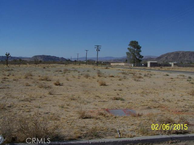 910 Landers Lane, Landers, CA 92285