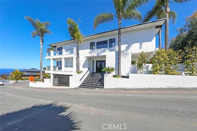 1026 Capistrano Avenue, Laguna Beach, CA 92651