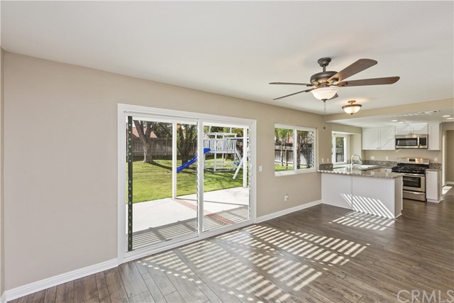 45377 Clubhouse Dr, Temecula, CA 92592 Photo 10