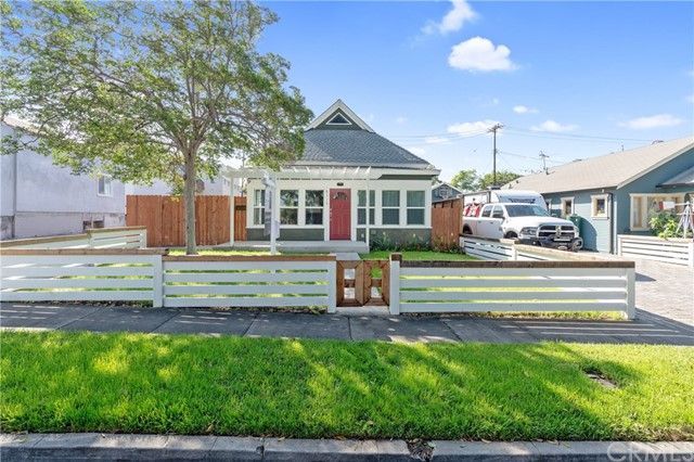 8316 Madison Avenue, Whittier, CA 90602