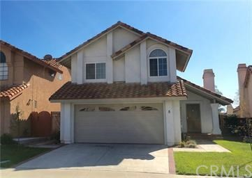 Great 3 Bedroom 2.5 bath home in Rancho Santa Margarita. Close to lake, beach club, schools, parks, tennis courts, pool, and shopping. 2 car garage. Nice yard with lovely landscaping. Located on a cul de sac street.  Tile and Wood Laminate flooring downstairs.