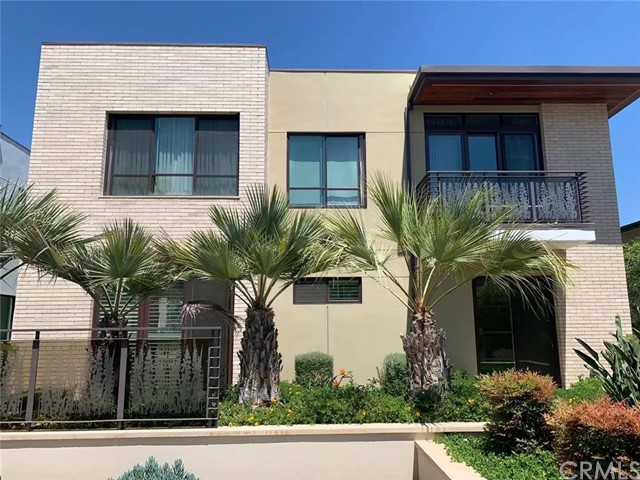 A simple yet sophisticated approach to live  finds its way into every aspect of the West Grove experience.  Traditional brick exterior blends clean, modern lines for a distinctive distinctive design at every angle.  West Grove condo complex is located in a quiet street of the south -west Pasadena, close to Old Town and Arlighton garden for a stroll. The unit 106 is on the ground floor with two patio spaces. It offers two spacious bedroom suits, with 14ft vaulted ceilings over the main livings area. The master suite enjoys dual sinks and a walk-in closet. Spacious and thoughtful interiors are adorned with French oak Hardwood flooring, elegant shaker style wood cabinetry, in a timely charcoal finish, white Quartz countertops. West Grove offers thoughtful outdoor living, highlighted by a lushly-appointed garden courtyard complete with fire pit, grills and an enchanting water feature. All homes also include two secured underground parking spaces and storage room in Garage.