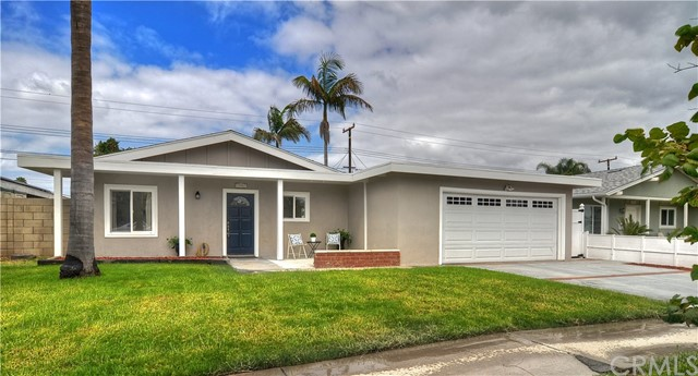 19361 Mauna Lane, Huntington Beach, CA 92646