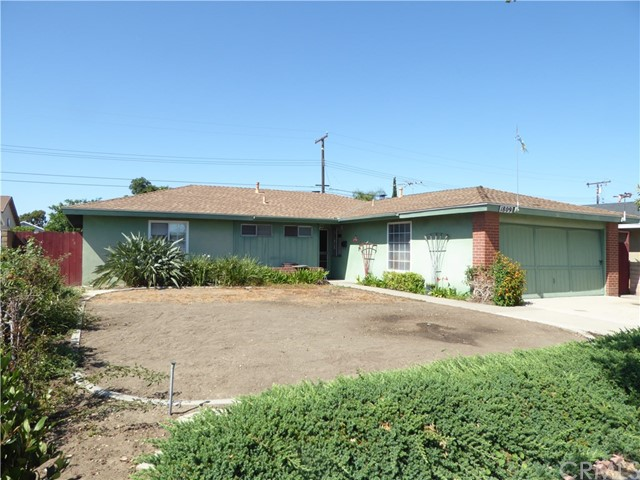 1809 W Saint Andrew Place, Santa Ana, CA 92704