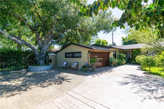 7329 Aldea Avenue, Lake Balboa, CA 91406