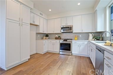 25114 Narbonne Avenue, Lomita, California 90717, 3 Bedrooms Bedrooms, ,2 BathroomsBathrooms,Townhouse,For Sale,Narbonne,SB18253433