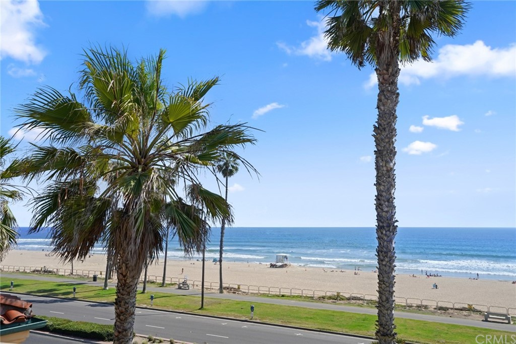 Photo of 2112 Pacific Coast Highway, Huntington Beach, CA 92648