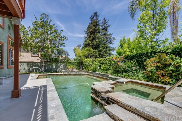 1826 Winterdew Avenue, Simi Valley, CA 93065