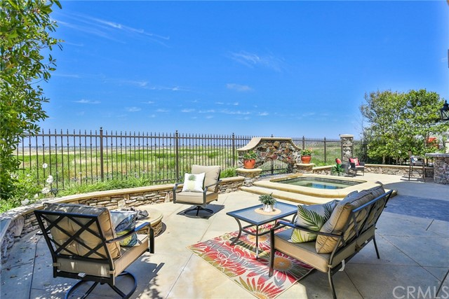 5621 Ocean Terrace Drive, Huntington Beach, CA 92648