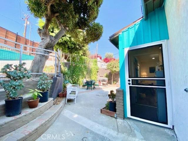 1240 N Bonnie Beach Pl, City Terrace, CA 90063 Photo 1