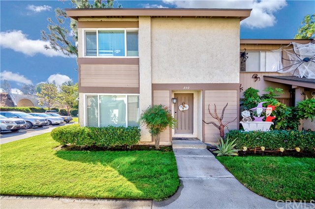 Welcome Home to 890 Dorchester Lane in the High in Demand City of La Habra! Lovely End Unit home nestled in the desirable Sunny Hills Village Community! Offering a 3 Bed/2.5 bath floor plan with appx. 1,276 sq ft of abundant living space! You'll fall in love w/the large open floor plan, gorgeous laminate flooring sweeps throughout, scraped ceilings, dual pane windows provide tons of natural lighting! Huge living room with a half bath opens up to the kitchen w/separate dining space inc. built-ins & provides sliding door access to back patio w/large in ground spa to enjoy hosting family & friends! Second floor provides a huge Master Suite w/walk-in closet & en-suite bath! Remaining two bedrooms are abundant in size w/ample closet space & share a hallway bath. Oversized 2 car garage w/laundry hookups - direct access to home via back patio. Low HOA dues inc: Pool, sport court, playground, plus Water & Trash! Centrally located near shopping, dining, entertainment, schools & parks. Don't miss this once in a lifetime opportunity!!