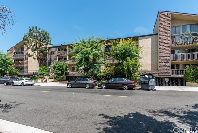 365 Burchett Street 318, Glendale, CA 91203