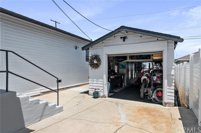 36. 1252 W 19th Street San Pedro, CA 90731