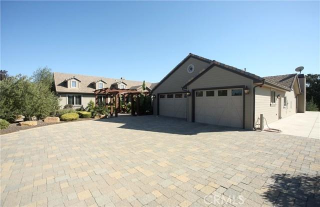 1786 Oakbrook Lane, Santa Maria, CA 93455