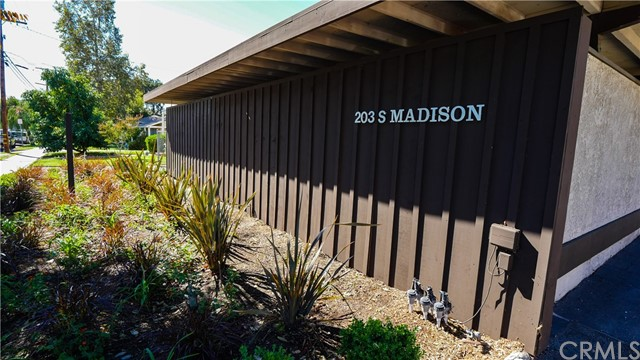 203 S Madison Avenue, Monrovia, CA 91016
