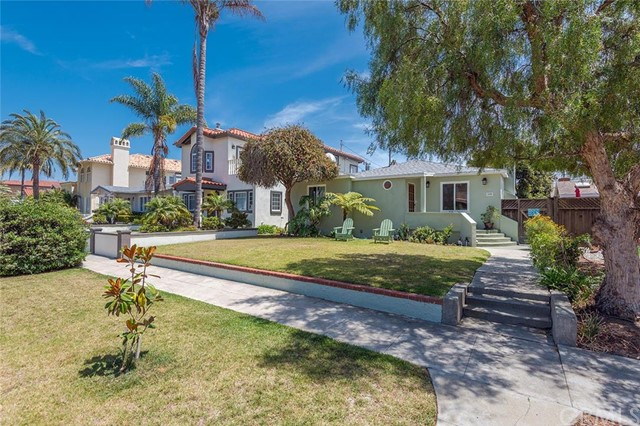 208 Avenue D, Redondo Beach, California 90277, 3 Bedrooms Bedrooms, ,2 BathroomsBathrooms,For Sale,Avenue D,SB16122999