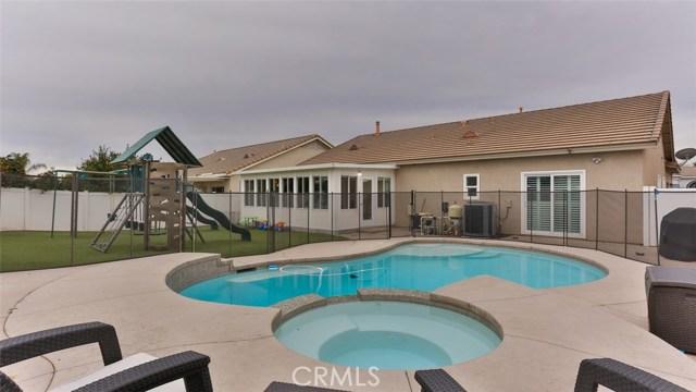 2089 Sawgrass Creek Lane, Corona, CA 92883