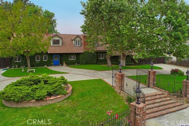 10101 McBroom Street, Shadow Hills, CA 91040