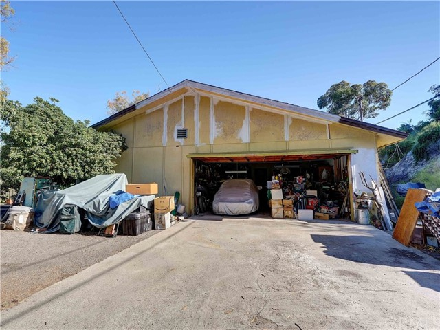 11606 Oak Creek Drive, Lakeside, CA 92040
