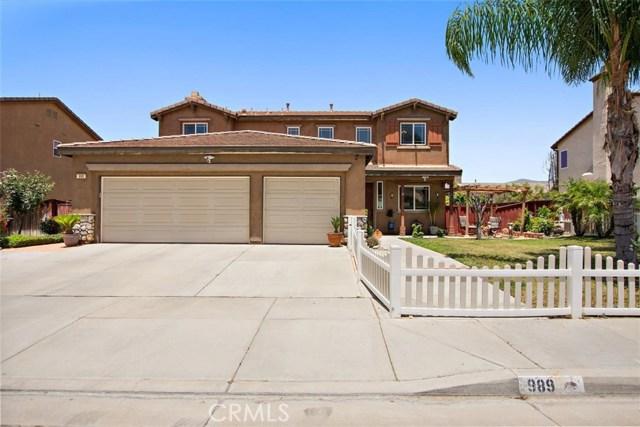 Photo of 989 Garrett Way, San Jacinto, CA 92583