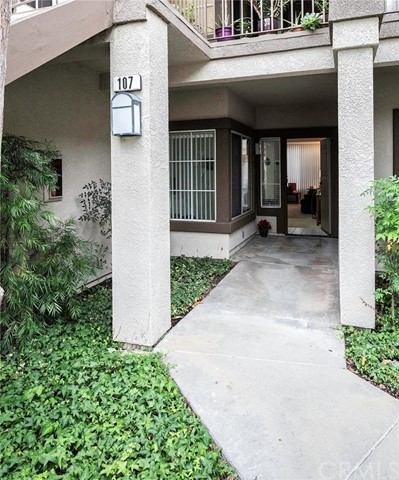 107 Chaumont Circle, Lake Forest, CA 92610