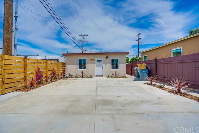 8912 Hildreth Avenue, South Gate, CA 90280
