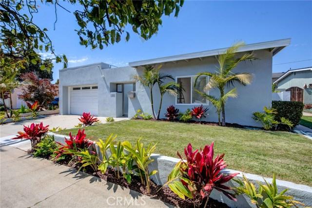 1181 Tennyson Street, Manhattan Beach, California 90266, 4 Bedrooms Bedrooms, ,2 BathroomsBathrooms,For Sale,Tennyson,SB20107527