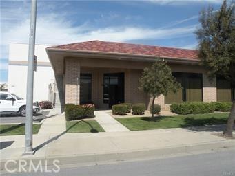 927 W Mccoy Lane, Santa Maria, CA 93455