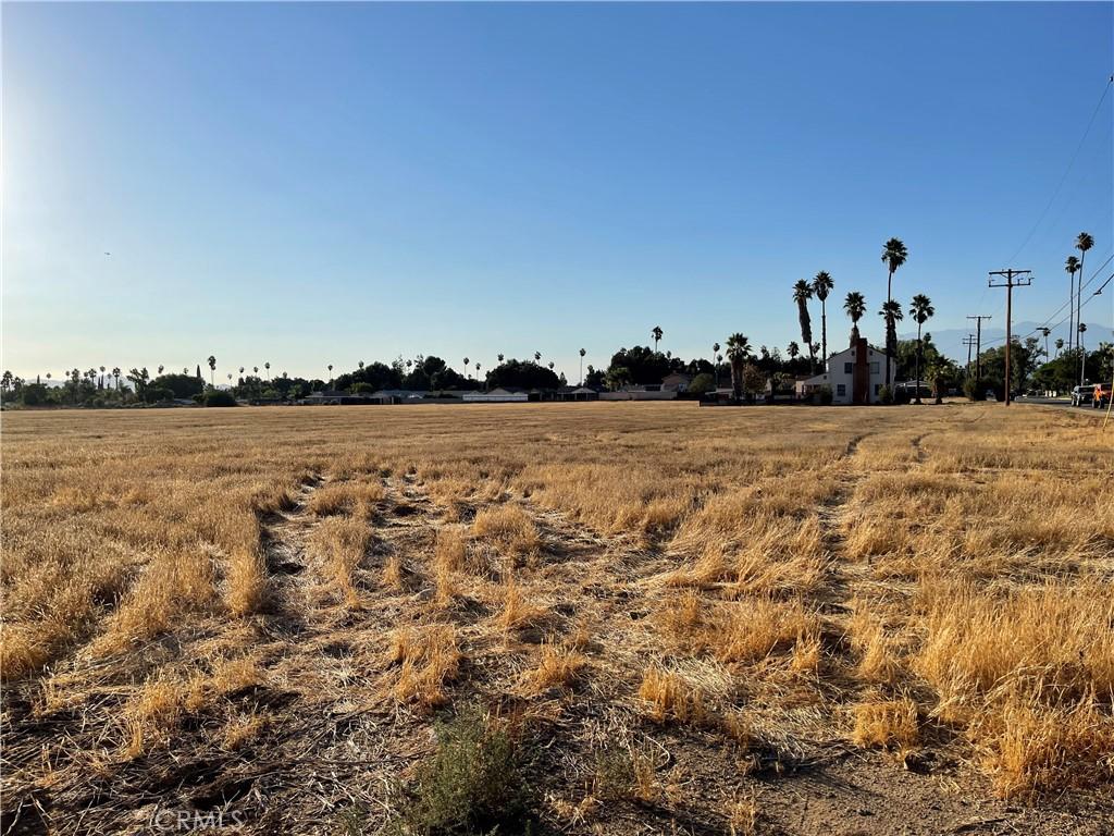 Photo of 2750 Washington Street, Riverside, CA 92504