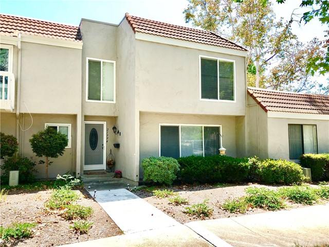 21994 Lakeland Avenue, Lake Forest, CA 92630