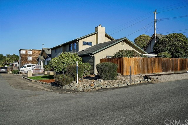 512 Worcester Dr, Cambria, CA 93428 Photo 1