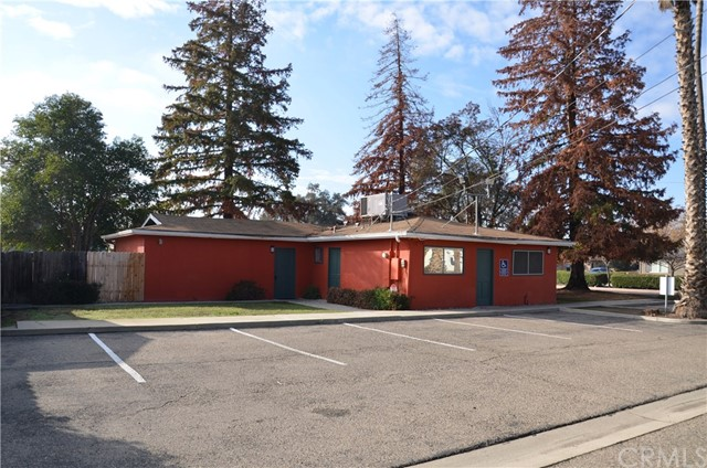 1814 W Dorothea Avenue, Visalia, CA 93277
