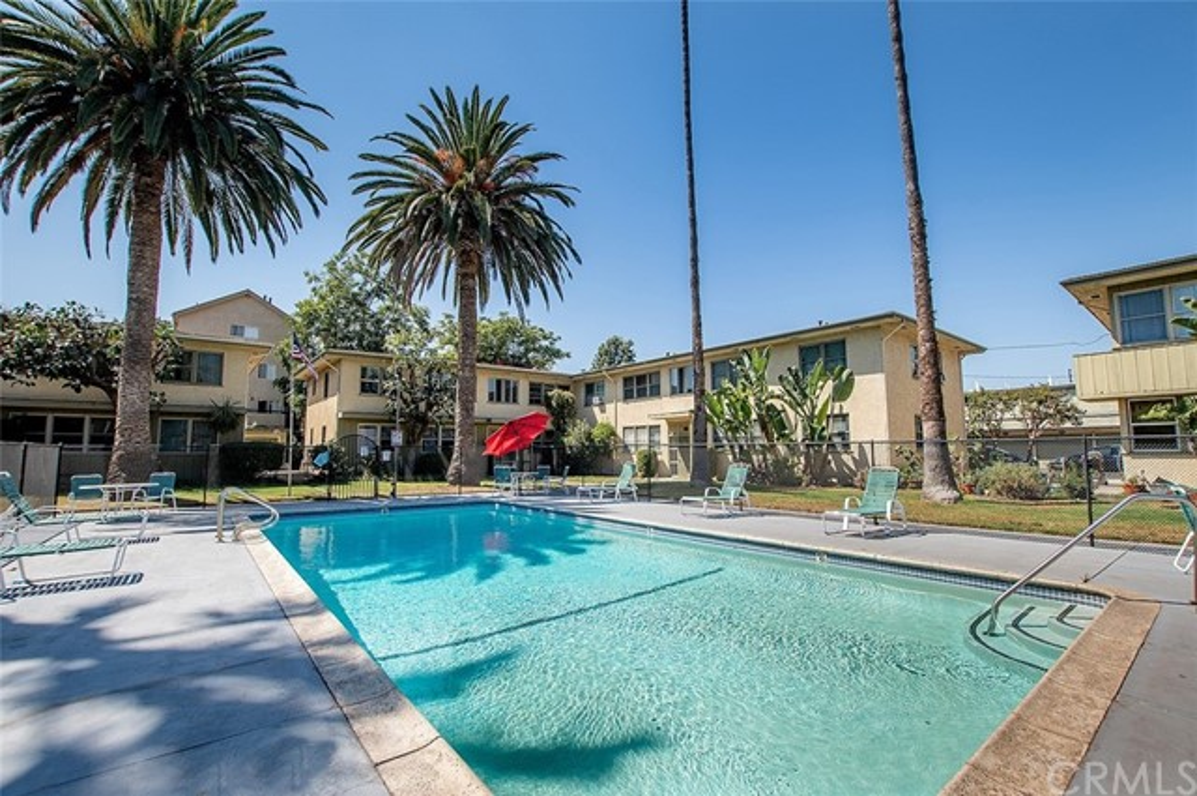 22. 5325 Cahuenga Boulevard #D North Hollywood, CA 91601