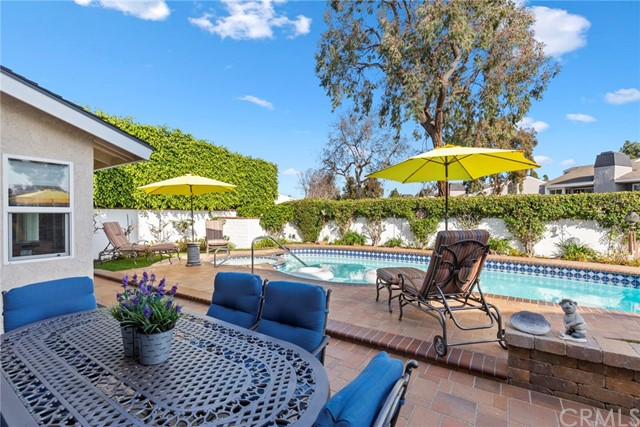 2718 Starbird Drive, Costa Mesa, CA 92626