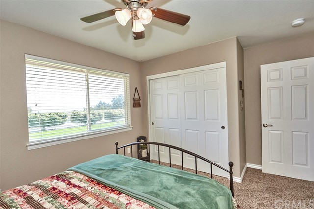 10224 Whitehaven St, Oak Hills, CA 92344 Photo 32