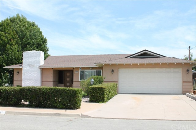 1111 Montura Road, San Marcos, CA 92078