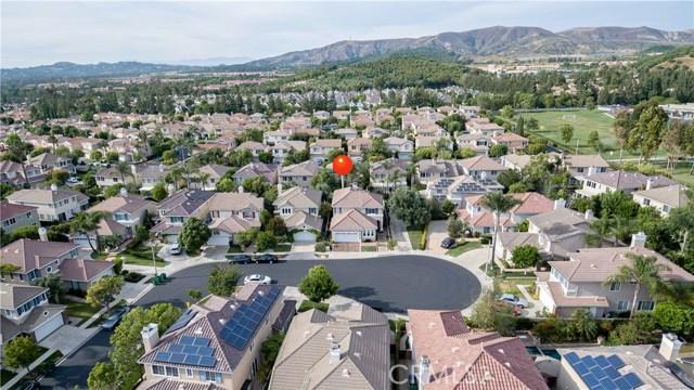 44 Silveroak, Irvine, CA 92620